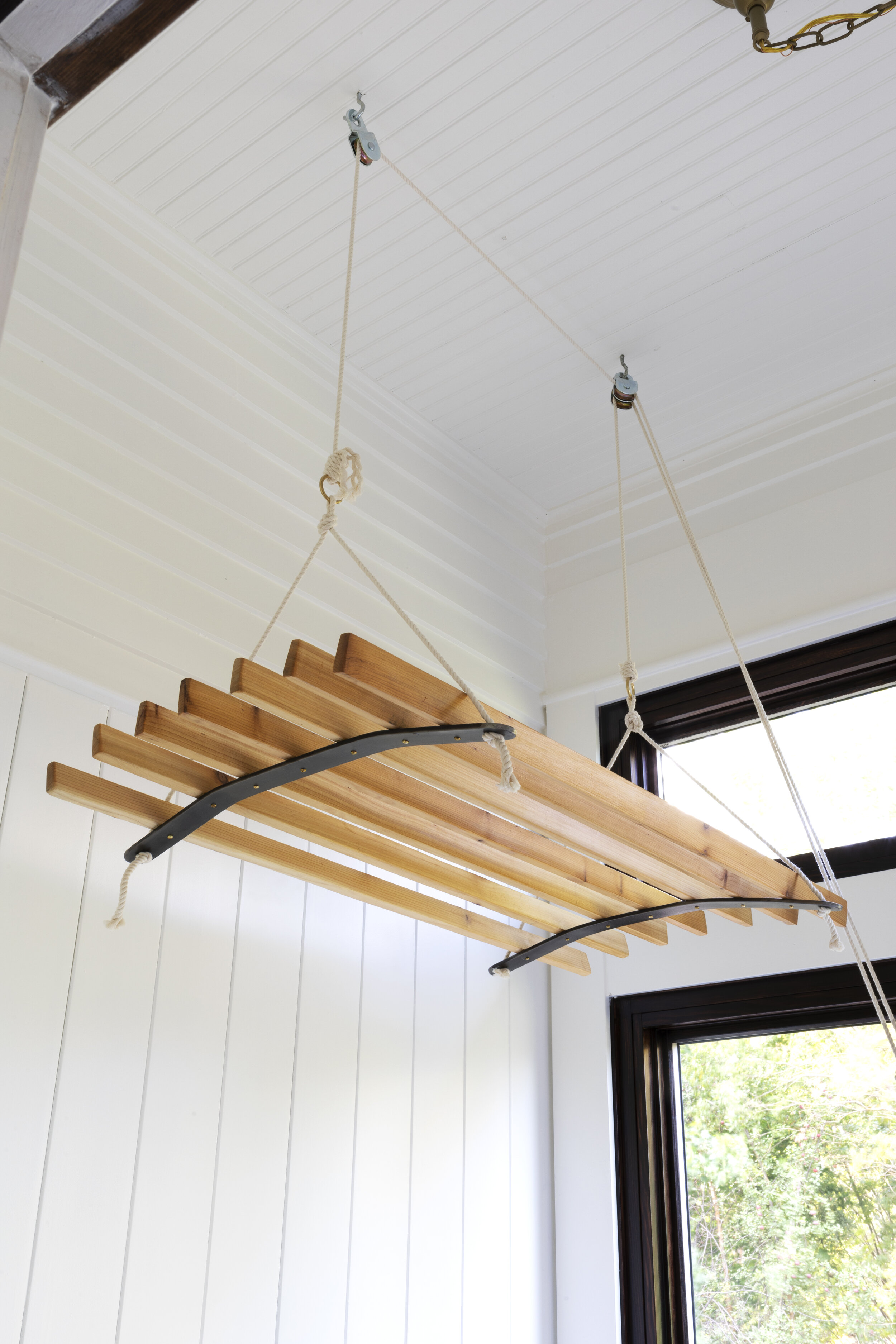 The Grit and Polish - Farmhouse Laundry Hanging Dryer Airer 2.jpg