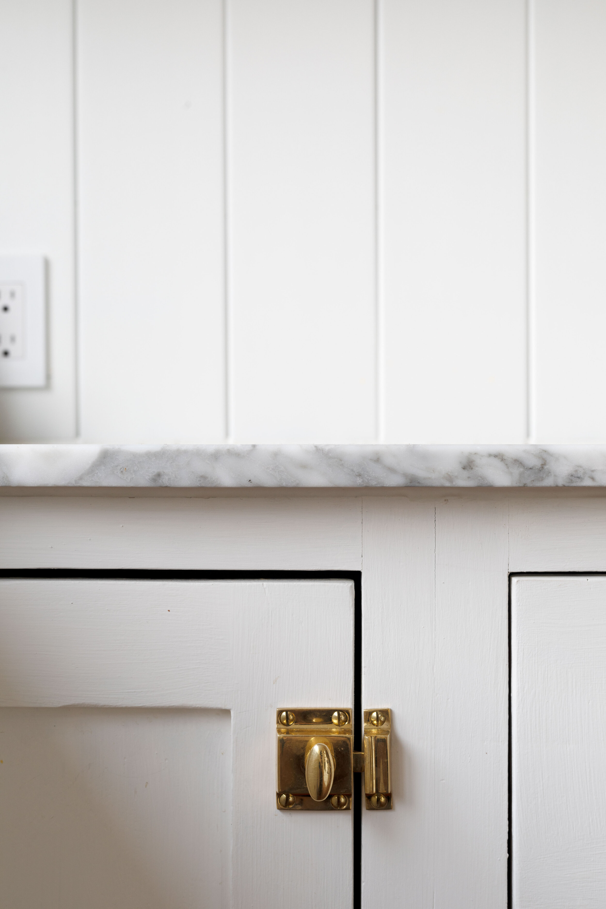The-Grit-and-Polish---Farmhouse-Country-Kitchen-Reveal-marble-countertop.jpg
