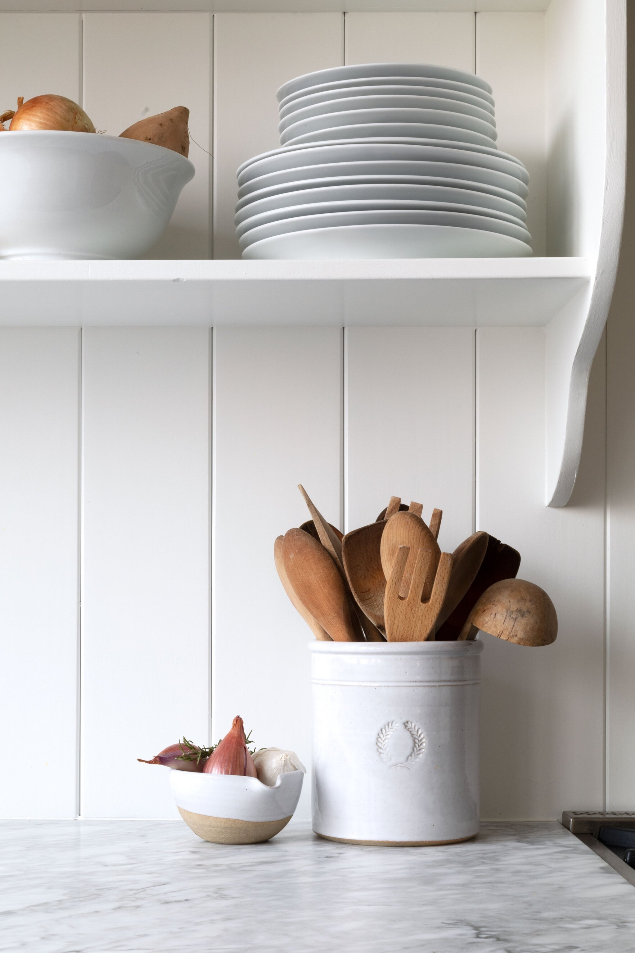 The-Grit-and-Polish---Farmhouse-Country-Kitchen-Reveal-Farmhouse-Pottery-Crock.jpg