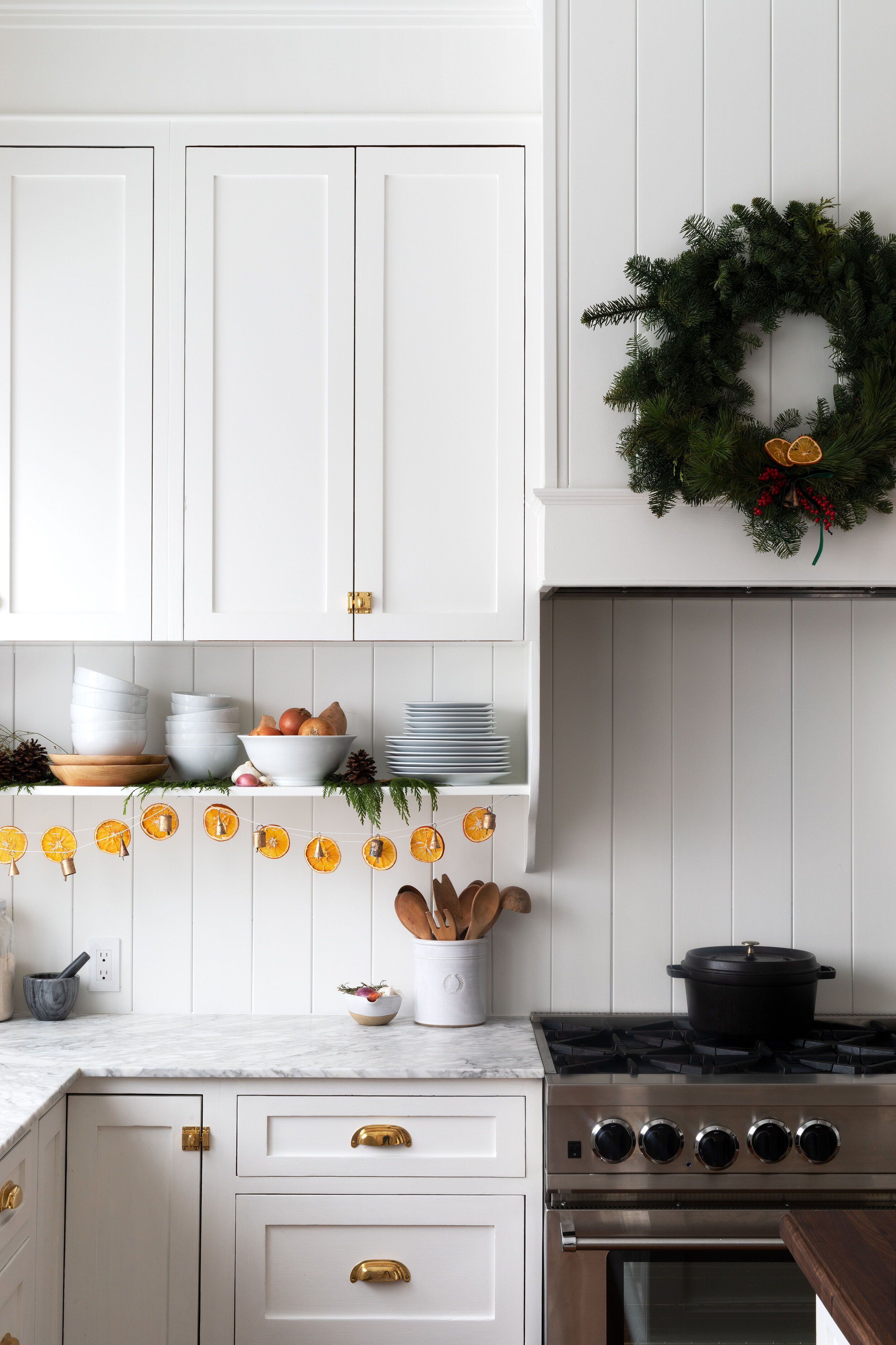 How To Make A Dried Orange Garland The Grit And Polish