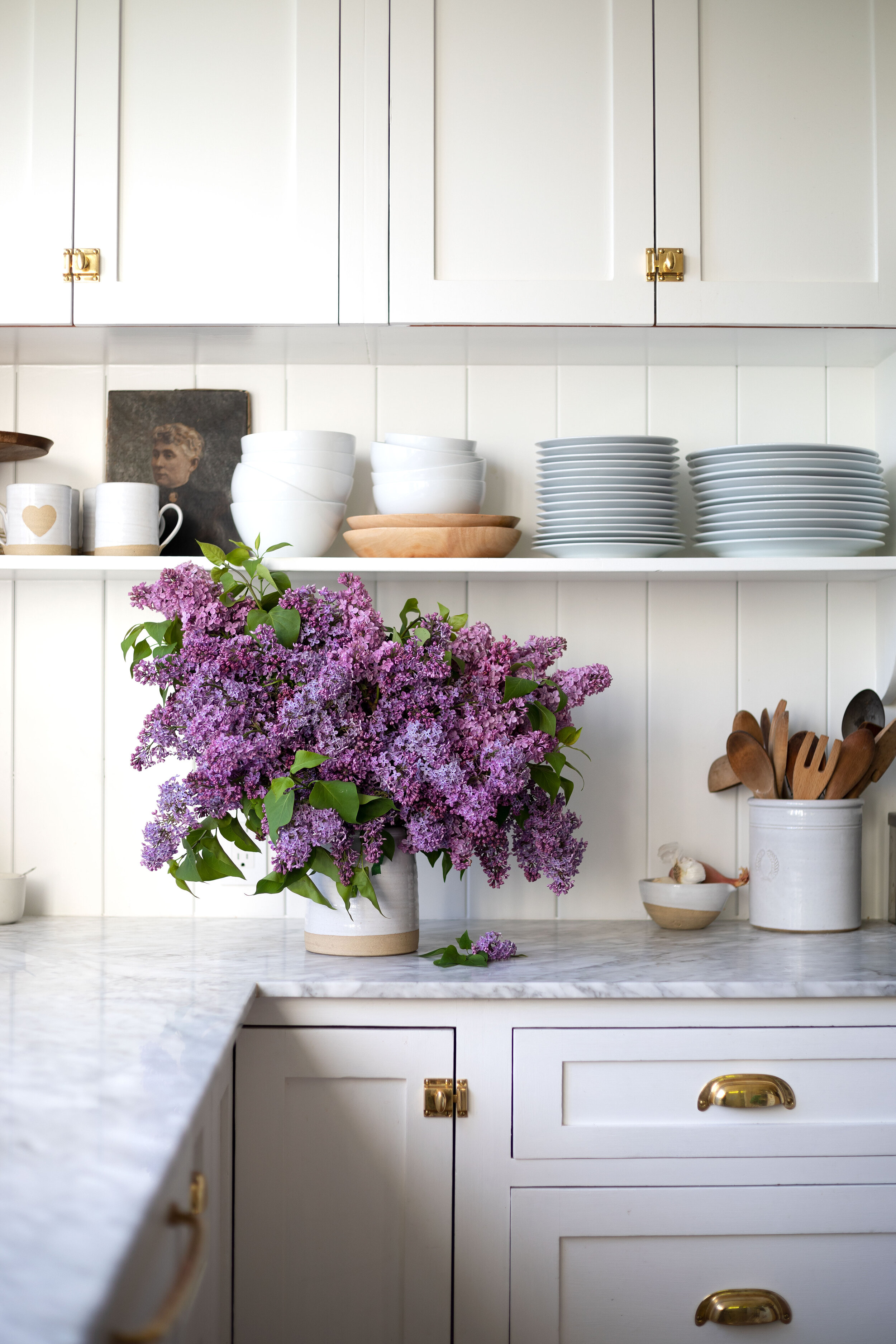 How To Arrange An Overflowing Bouquet Of Lilacs Keep Them From Wilting The Grit And Polish