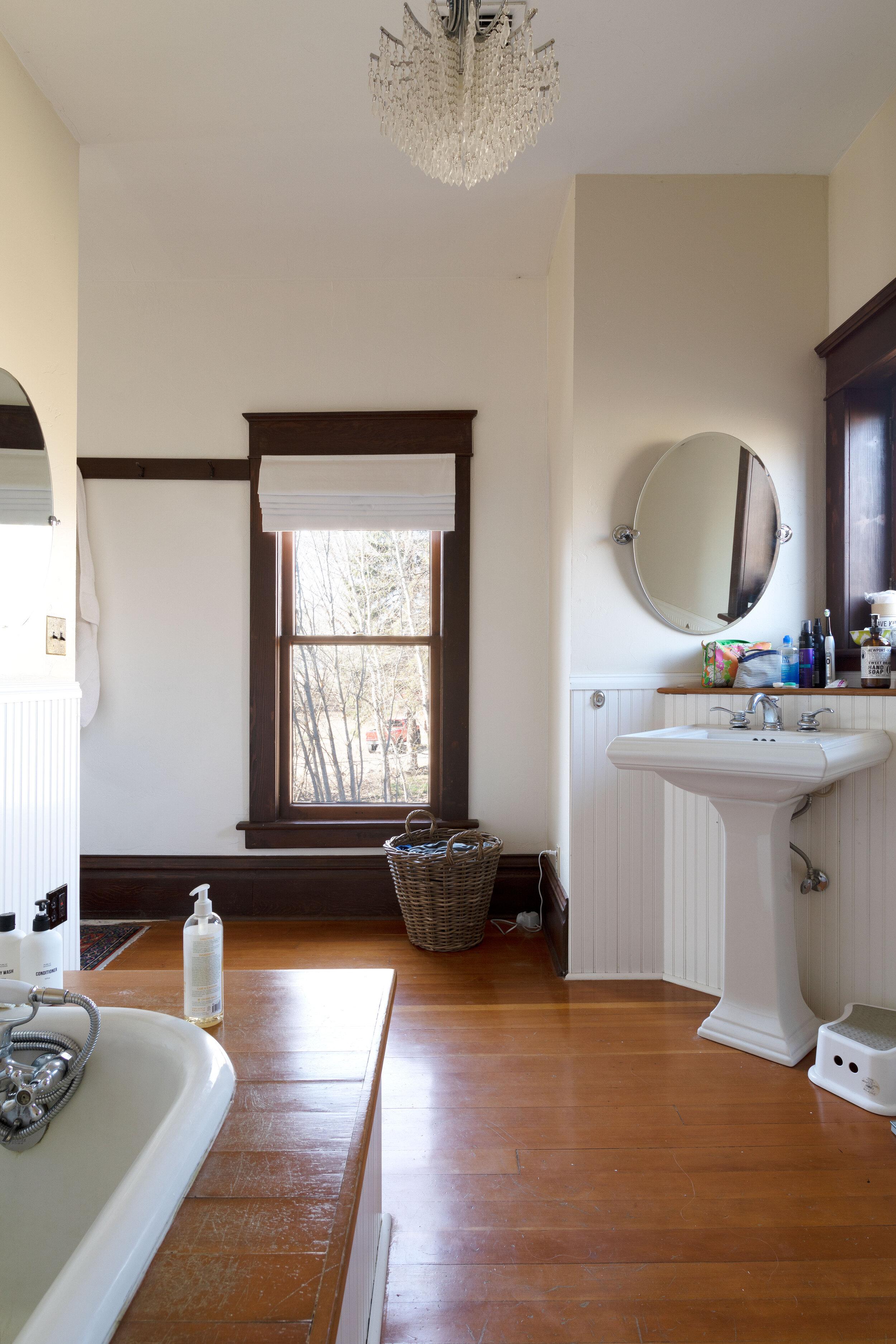 eek! we started the primary bathroom remodel! | www.thegritandpolish.com