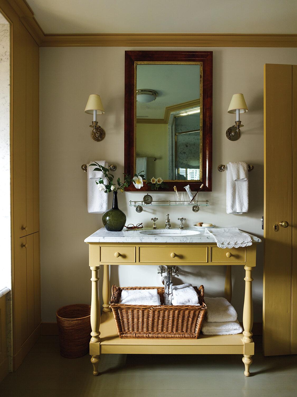 bathroom by GP Schafer