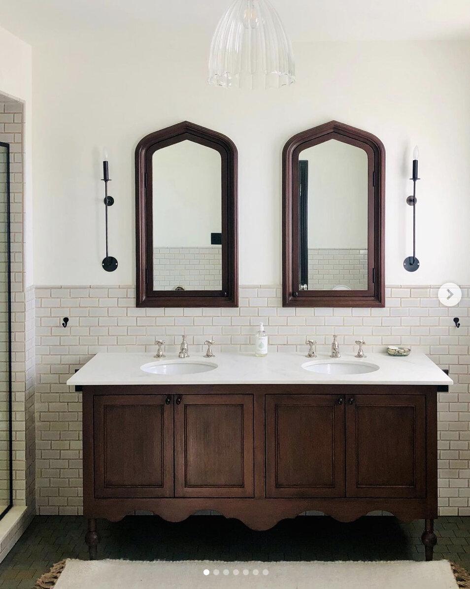 Jessica Helgerson LA eclectic bathroom.jpg