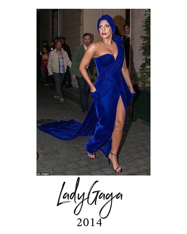 Lady Gaga, icône de la chanson  Un article sur notre icône est disponible sur le blog : www.lalarita.fr/blog  #icone #inspiration #turban #mode #fashion #hairstyle #beauty #headband #bandeau
