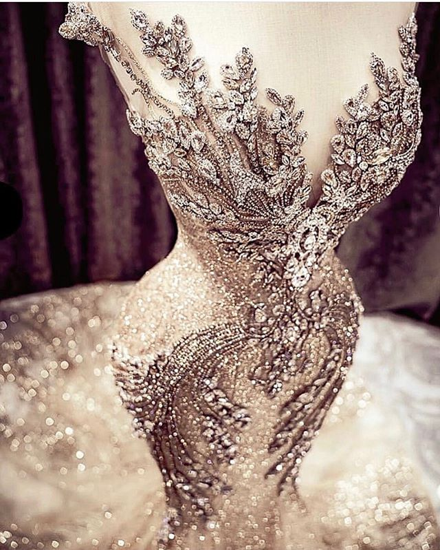 A gown fit for a queen 😍😍😍! @bridesbynona #bridalgowns #bridalgowninspiration