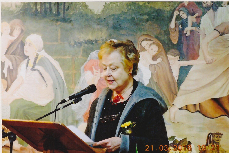 Chatham class of '54 Alumna Johanna Holroyd-Piccardo