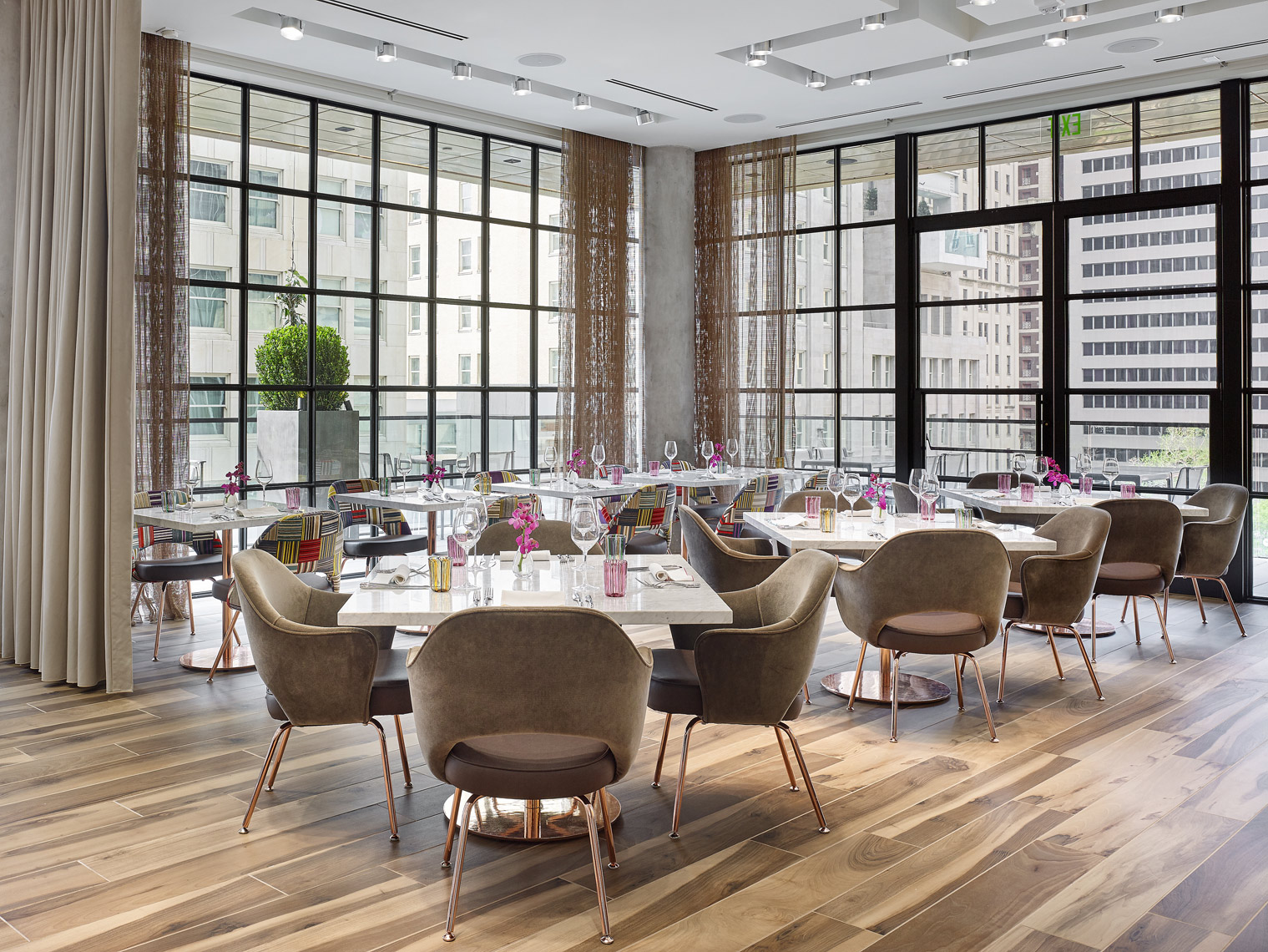 Stephen Karlisch Forty Five Ten Restaurant Seating