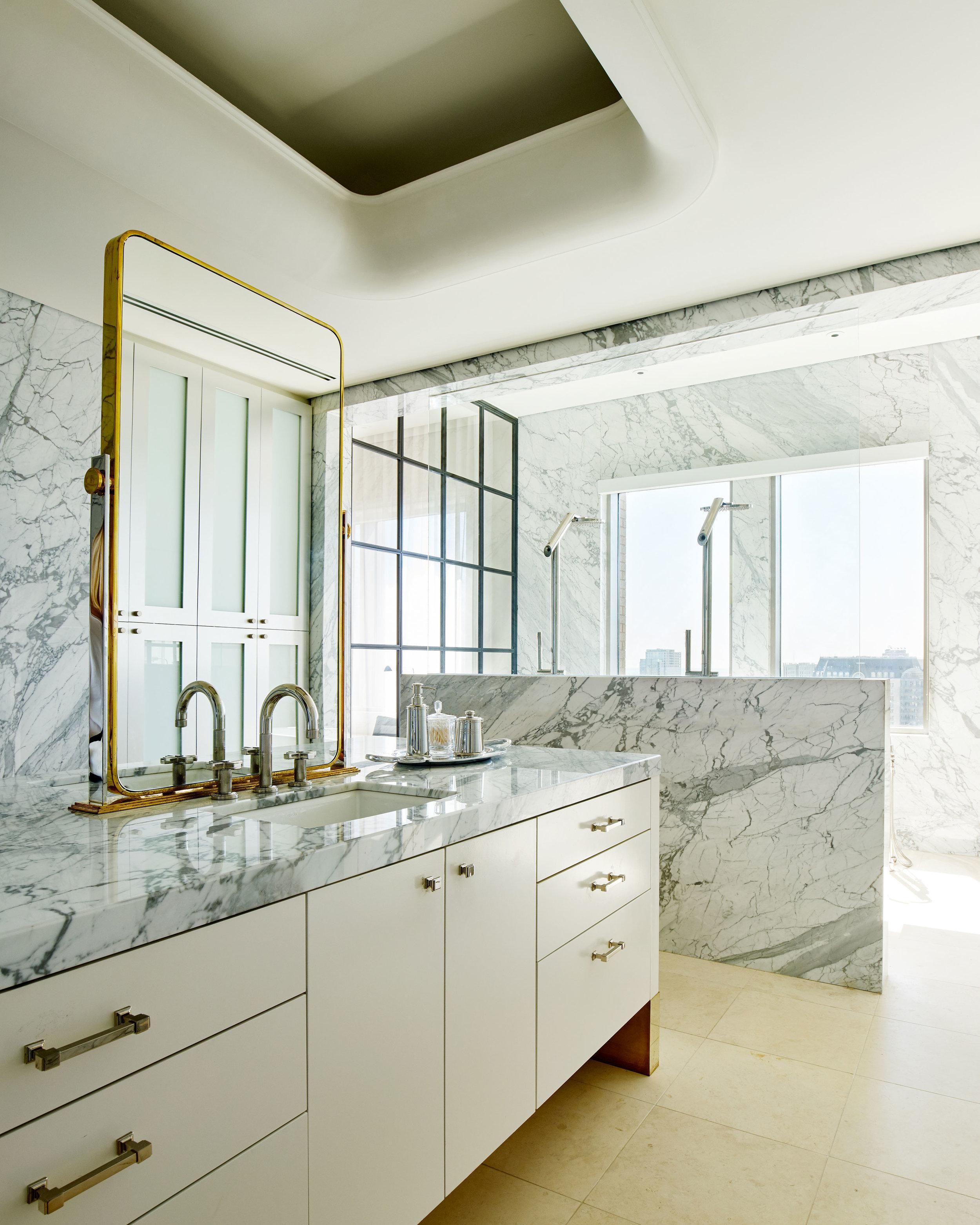 Stephen Karlisch Brant McFarlain Bathroom