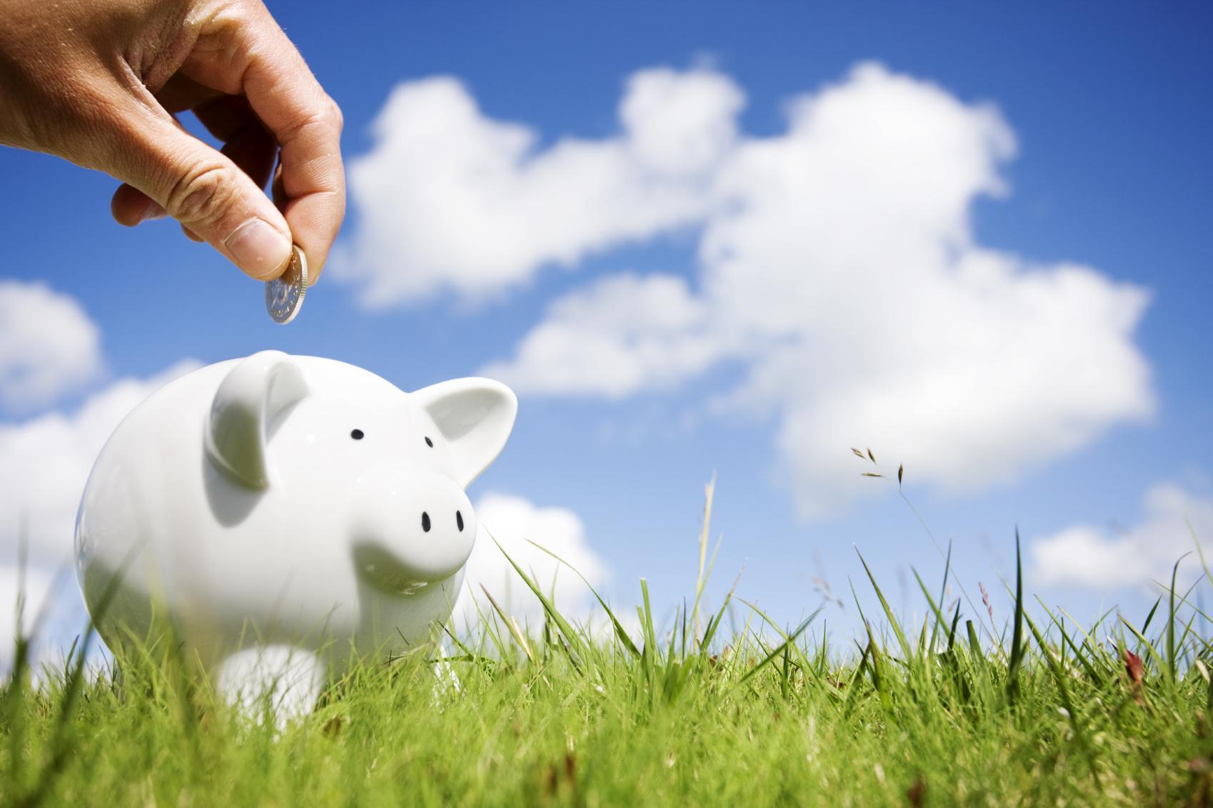 Summer-savings-4-ways-to-save-money-during-the-summer.jpg