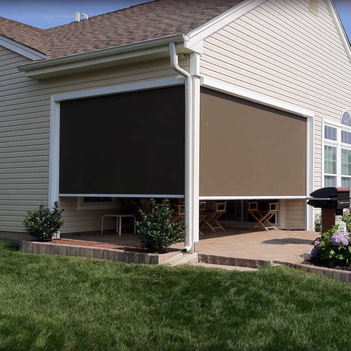 RETRACTABLE SOLAR SCREEN INSTALLATION & REPAIR