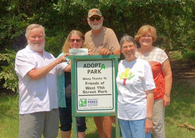 Dave Dyer, Cindy Miskell, Tommy Britt, Ann Ratcliff & Judy Britt (photo by Darlene Wayt)