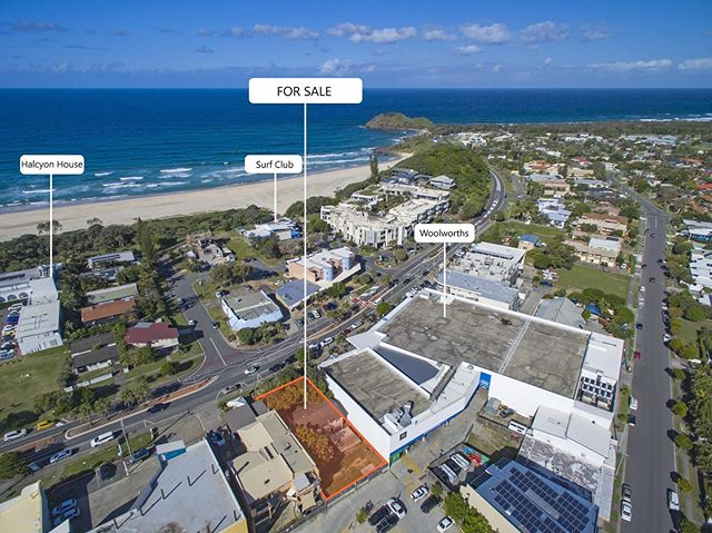 FIRST TIME ON THE MARKET IN 20 YEARS 🔥 • Located in central Cabarita Beach / Bogangar is this prime development opportunity with a zoning that allows for many possibilities. • 37 Tweed Coast Road, Bogangar is being offered by Expressions of Interest. Call Rebecca today to register your interest! 📲