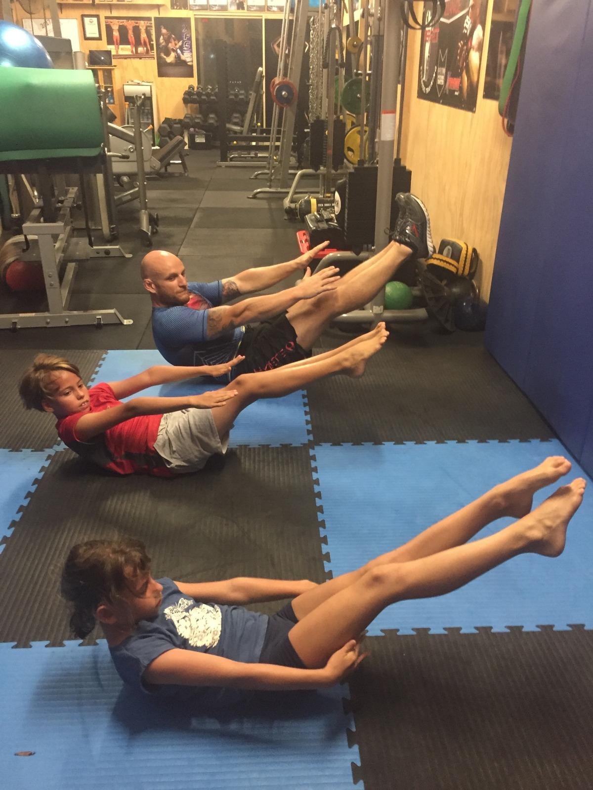 Kids Ninja Warrior / Calisthenics training -