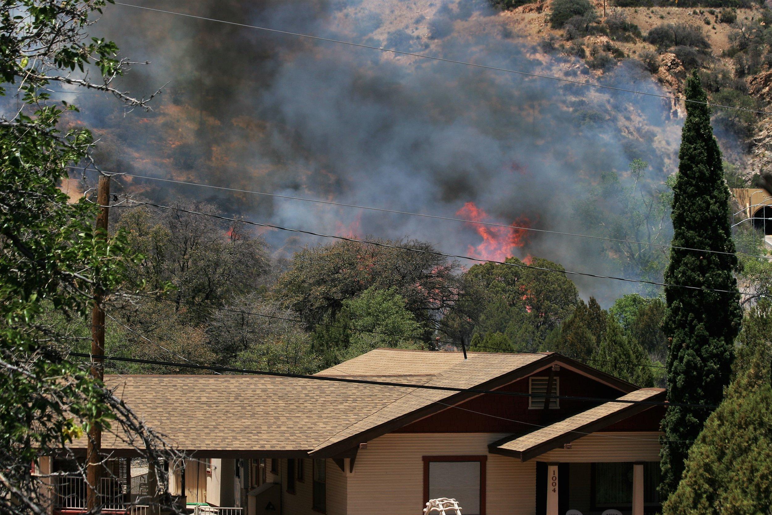Fire above Bisbee (18).JPG
