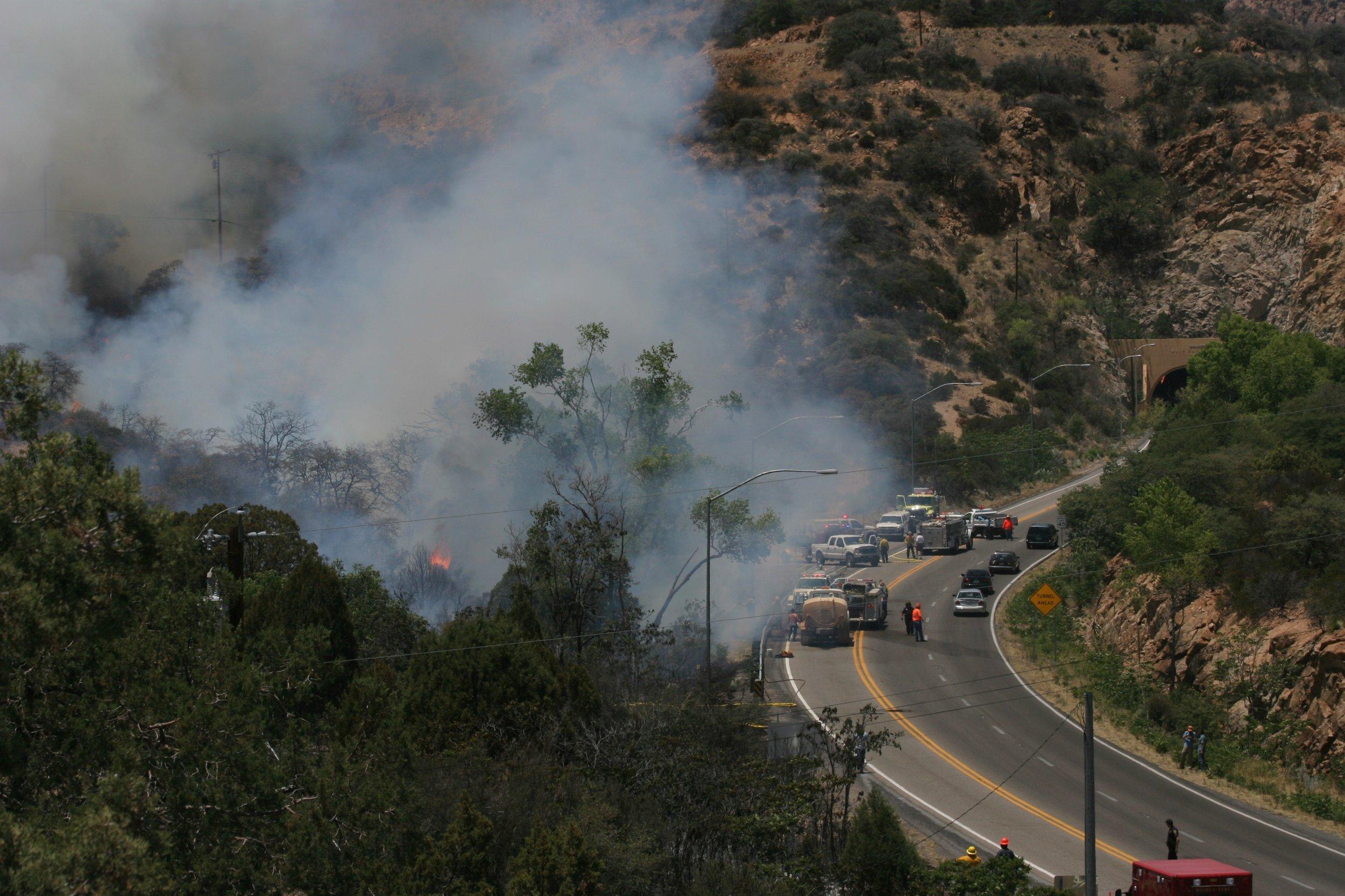 Fire above Bisbee (24).JPG