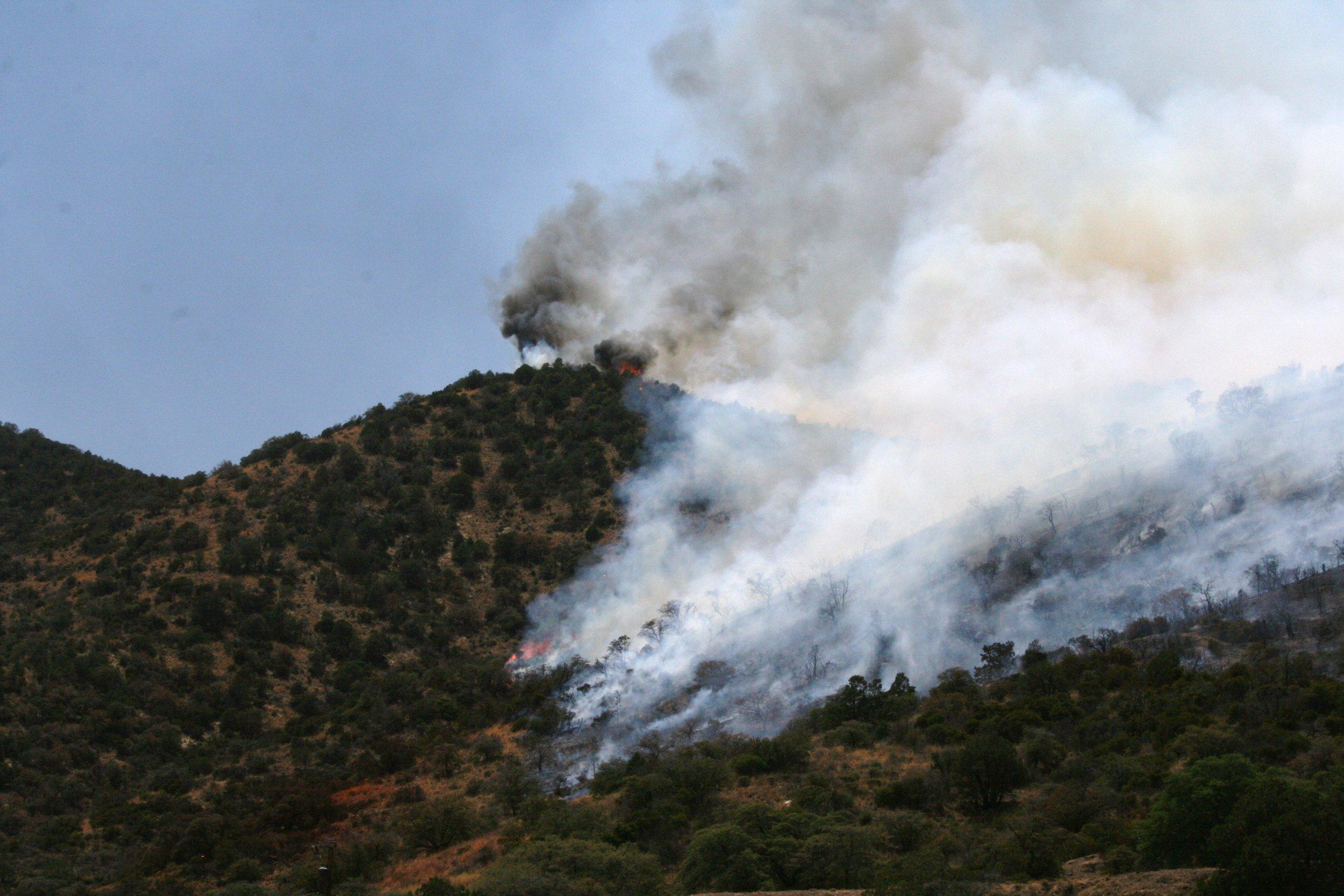 Fire above Bisbee (57).JPG