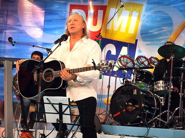 "Lansare de disc la emisiunea ""Duminica in familie' - Nov 2007 (Balade speciale)"