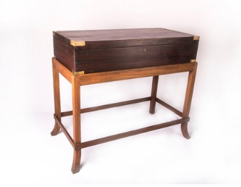 Chest Console -
