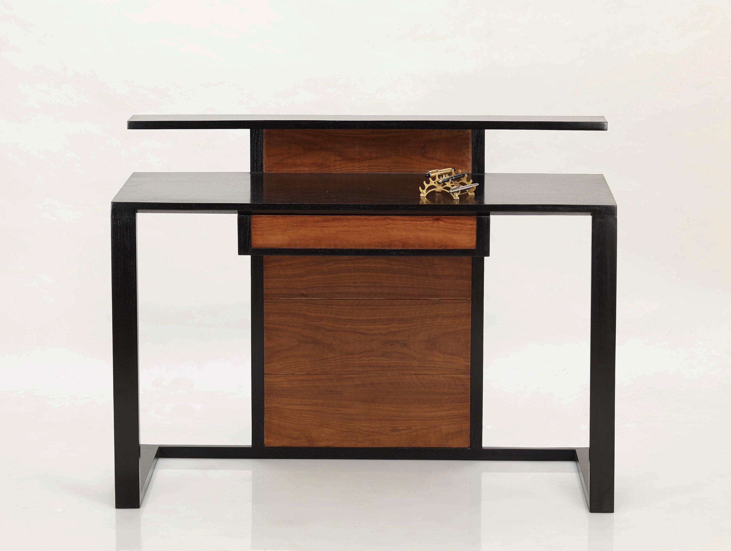 Divit Desk -