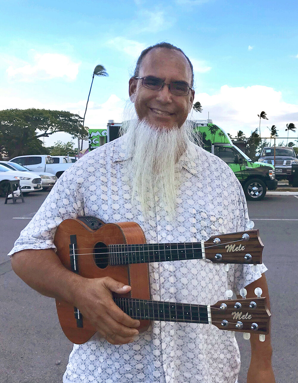 Bring your ukulele to the Maui Sunday Market on September 15, 4:45pm – 5:15pm for free ulukele lessons with Corey Char.