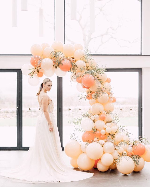 Genuinely one of the best shoots I have ever shot and I am so proud to work with this absolutely amazing group of suppliers who are ALL based in beautiful North Wales. Planning your wedding here? We've got you totally covered. ⠀⠀⠀⠀⠀⠀⠀⠀⠀ Planning + styling: @jleungwed  Venue: @pantdu  Florals: @scentwithloveflowers  Cake and desserts: @hayleyspipeddreams  Make-up: @colur_anest_parker  Hair: @bridalhairbylindsey  Bridal boutique: @swsbridal  Gown: @amy_mair_couture  Shoes: @rachelsimpsonshoes  Balloons: @balwns2018  Rings: @angelaevansjewellery  Vases: @glosterspottery  Stationery: @magnetigdesigns  Model: @helenmai1