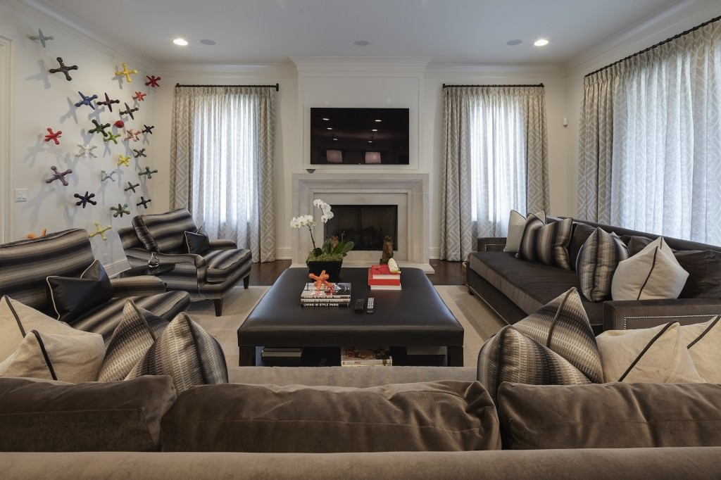 Living-Room-1-Piscopink-Residence-7-29-15-2-21-1024x682.jpg