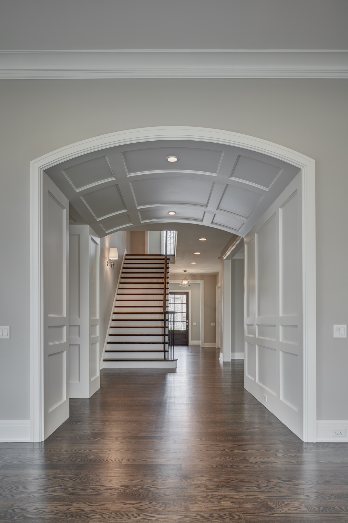 634 Glenhurst-HM Homes-4-12-17-Foyer Arch 1-8bitTIFF.jpg