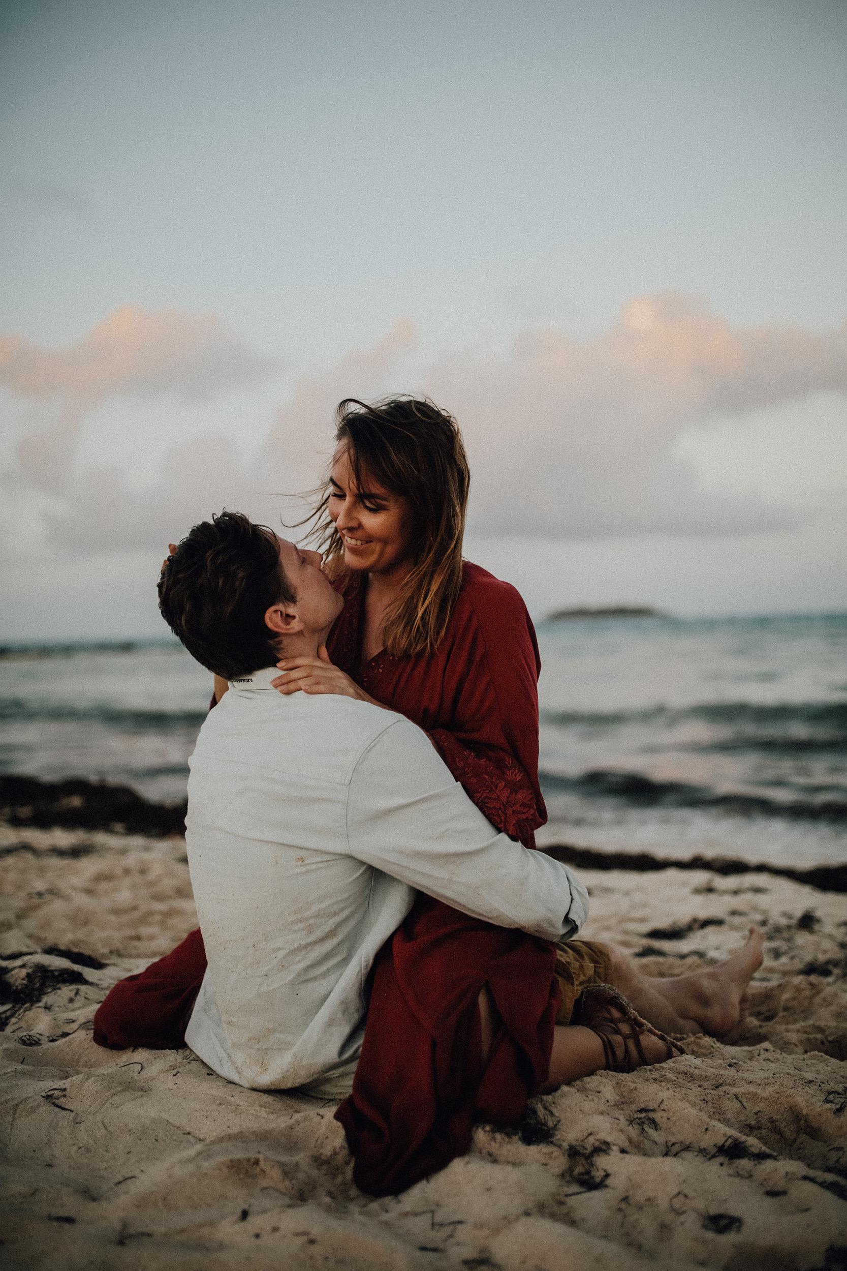 Alessia Epp Fotografie - Wenn ihr wirklich schöne und natürliche Fotos für eure Familie, Hochzeit oder ein Paarshooting sucht, dann empfehle ich euch die wunderbarste Person die ich kenne.Meine beste Freundin und Liebe meines Lebens.Sie macht beeindruckende Bilder.Ihr solltet euch ihre Bilder mal anschauen.
