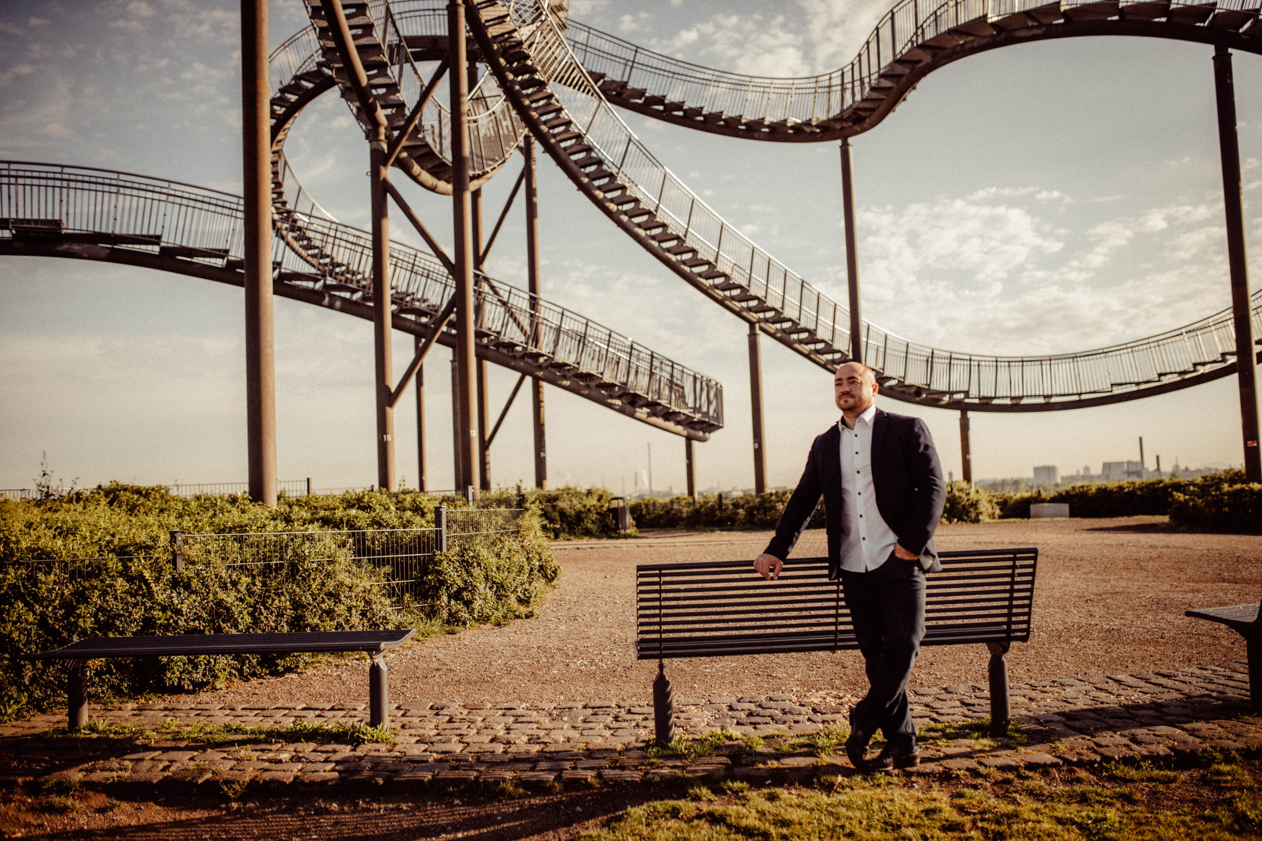 Tiger & Turtle - Kreatives Business-Shooting auf dem Magic Mountain in Duisburg
