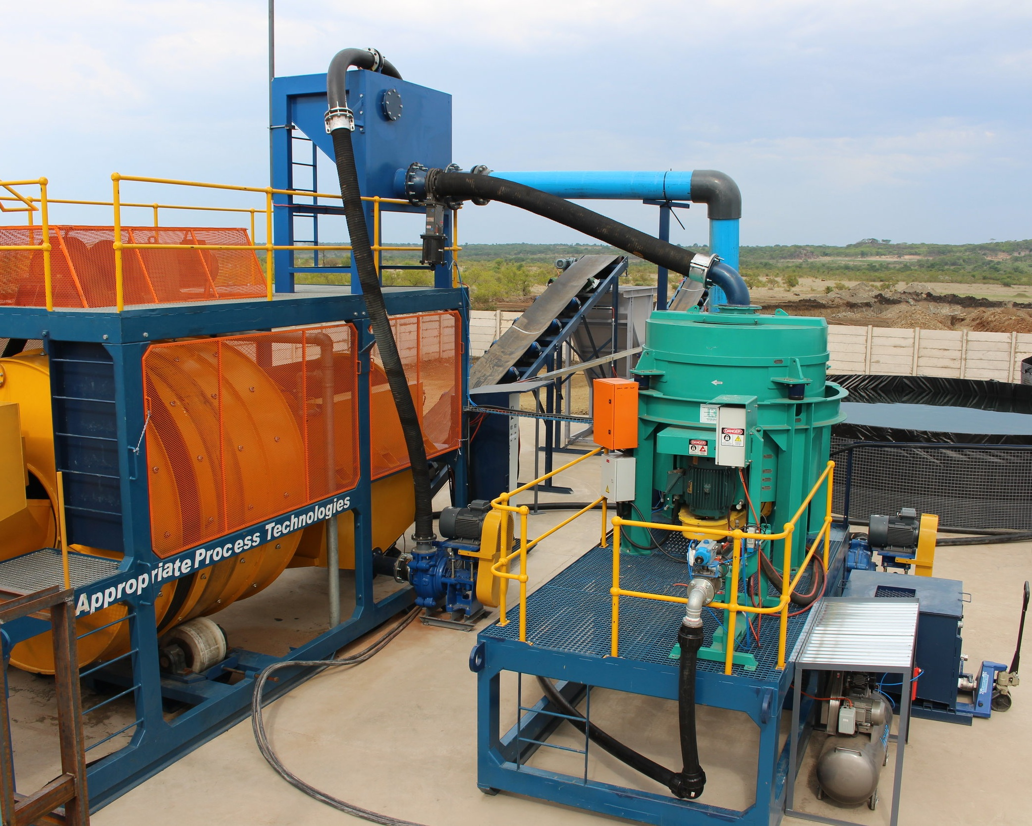 medium+scale+mining+equipment