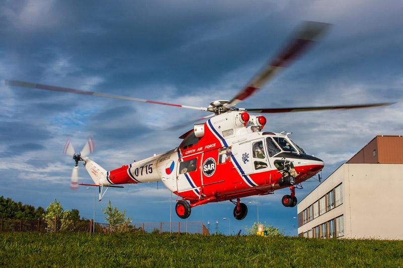Armáda České republiky provozuje v rámci služby SAR vrtulník W-3A Sokol. © Martin Kovář