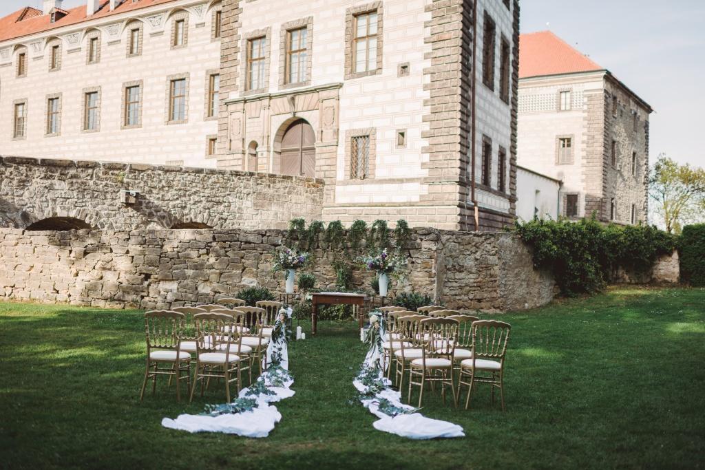 Wedding photo editorial by M.Trasak_027_low res.jpg