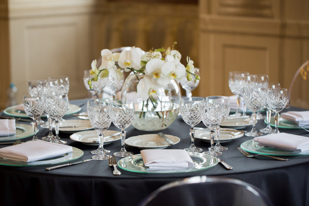 2016_II 8_IH_modern set up_black tablecloth_low res.jpg