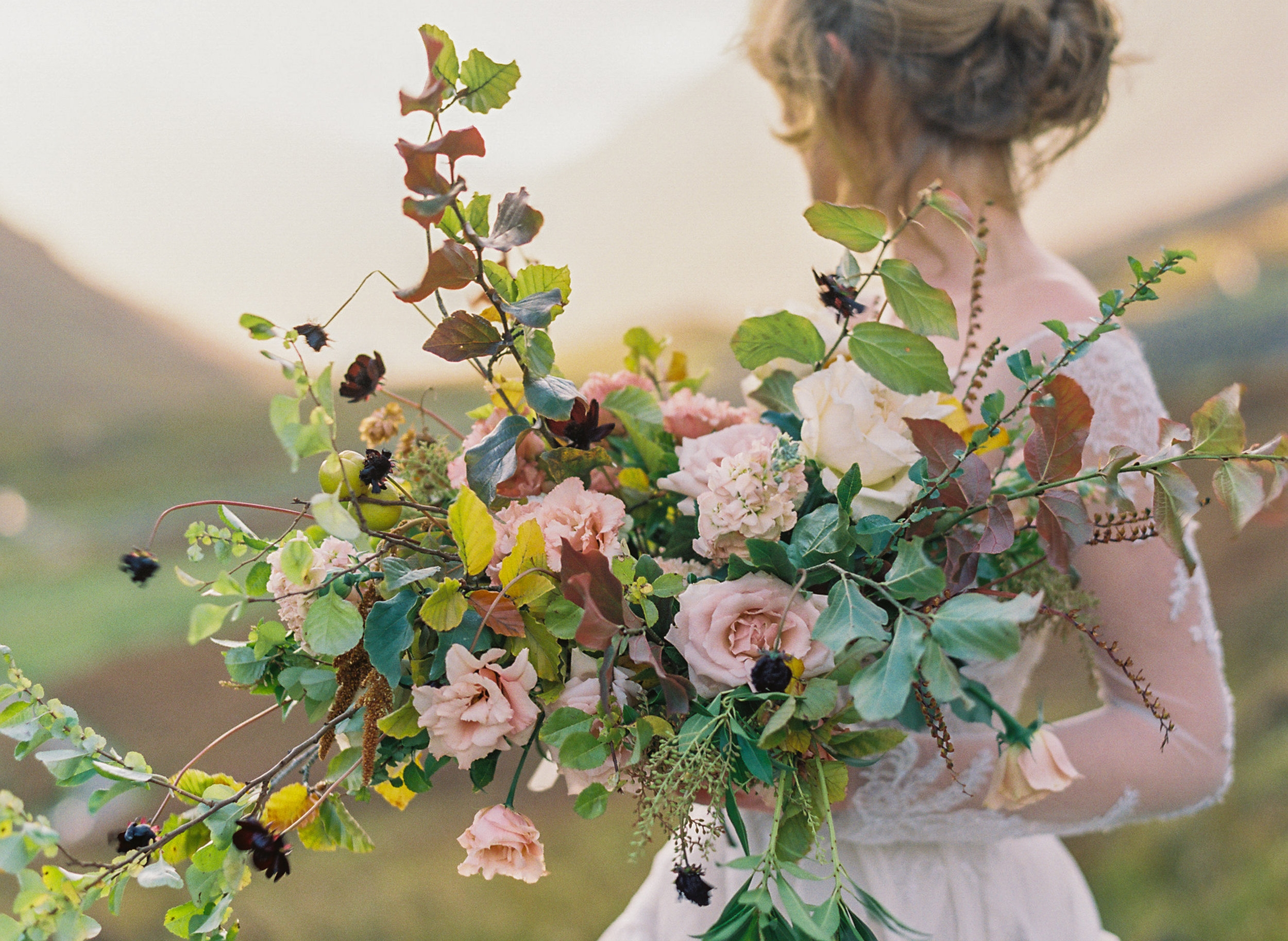 Get creative - Learn more about hand tie bouquets