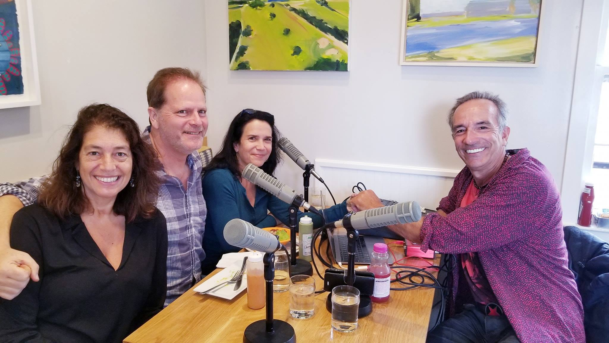 A great show with photojournalist and  A Taste of Cuba  author Cynthia Carris Alonso and musician  Alfredo Merat Radio Europa , talking about Cuba.