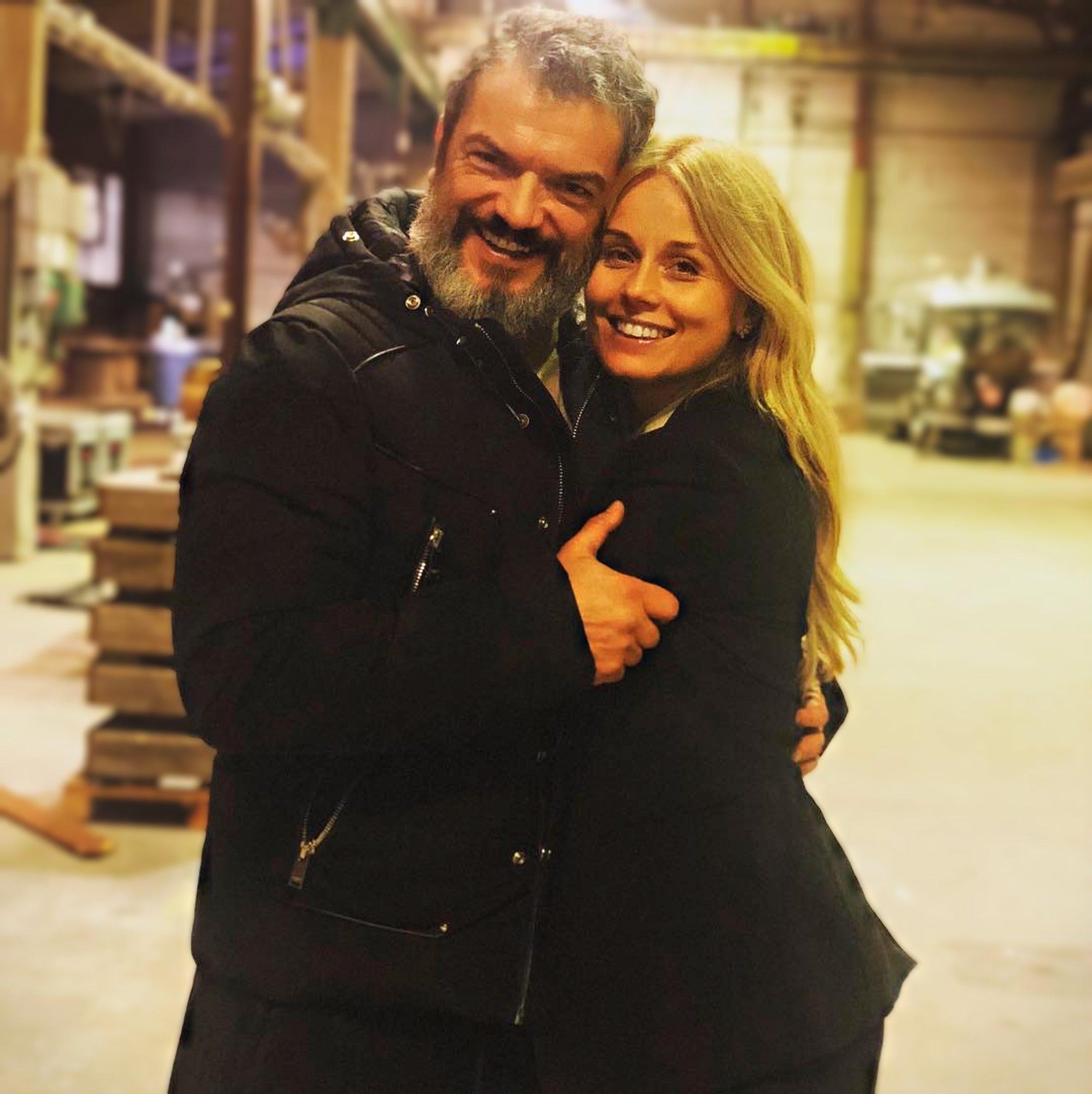 Dragomir Mrsic & Helena Af Sandeberg på inspelningen av ALEX säsong 2. Foto: Instagram / Dragomir Mrsic / Helena Af Sandeberg