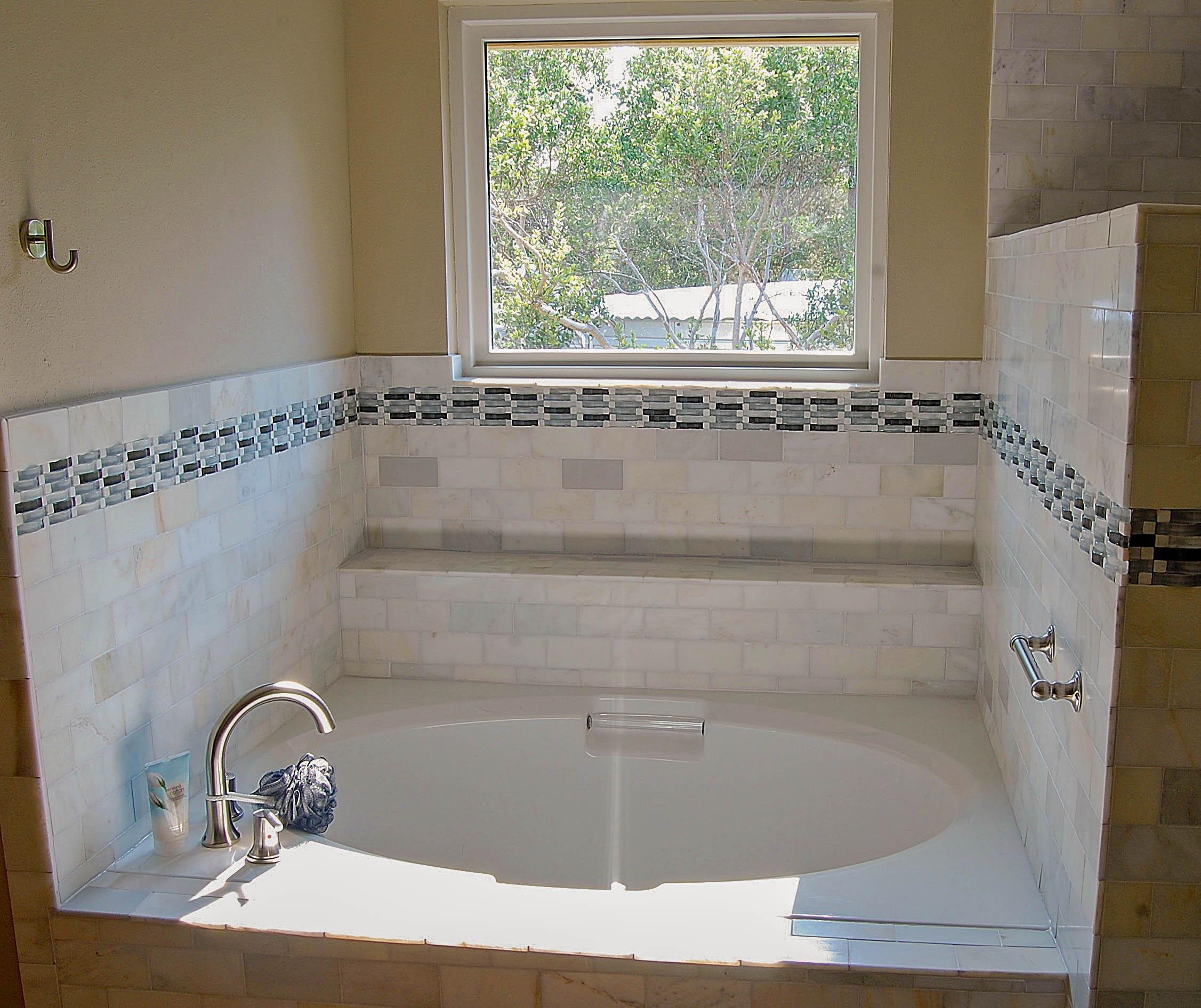 11Master bath2.jpg