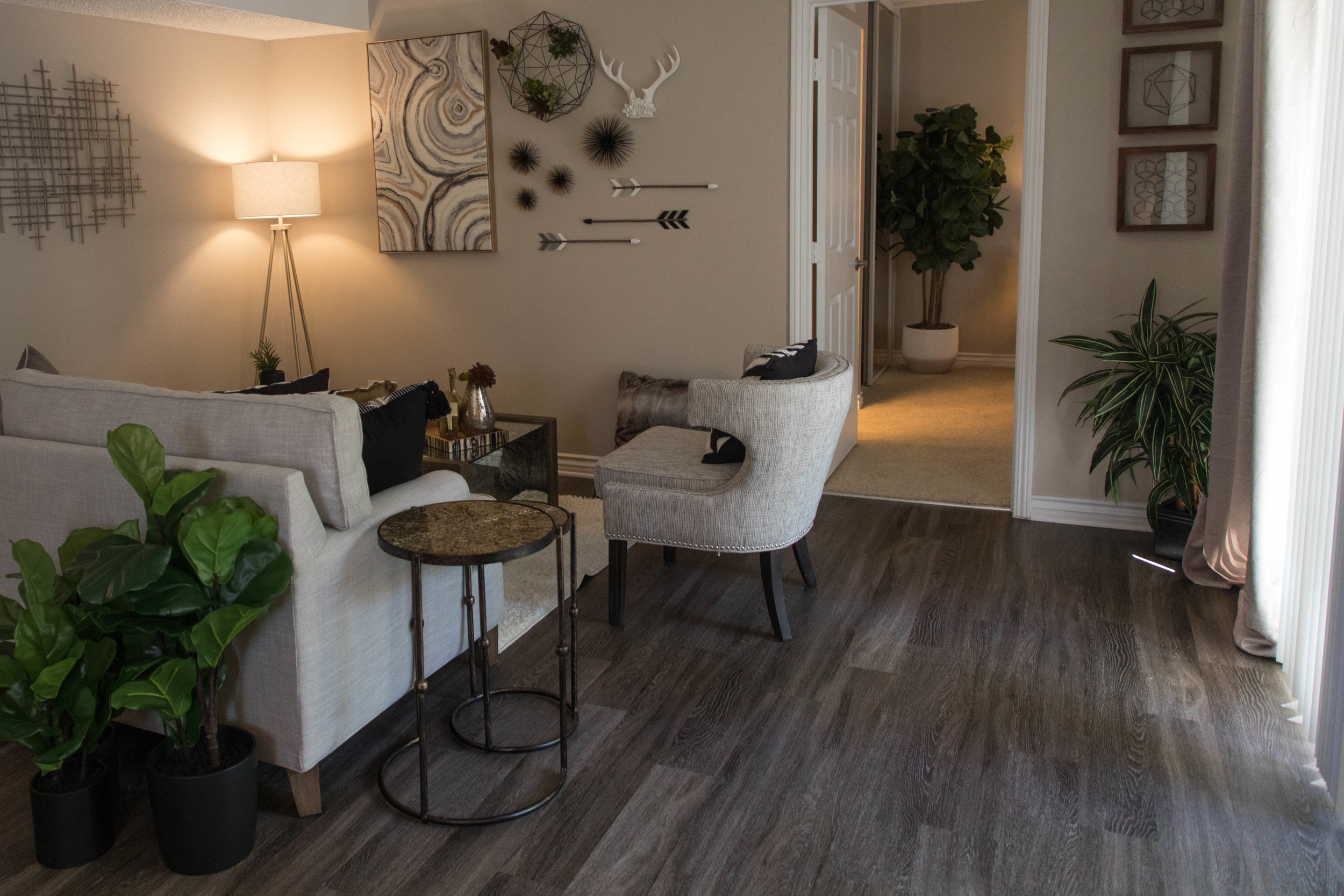 Apartment Renovations - Regal Commercial Services' team of professionals has been serving the multifamily renovation market for 30 years.