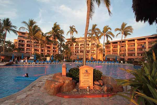 7 Night One Bedroom Stay at Torres Mazatlan Resort, Sinaloa Mexico
