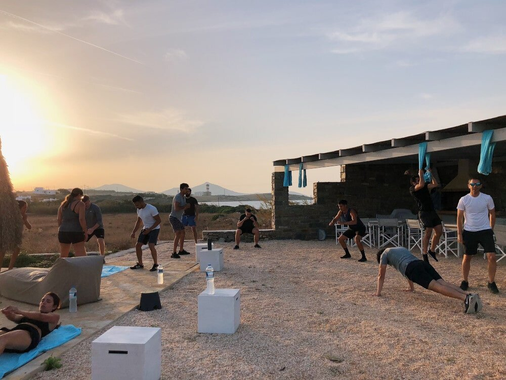 Crossfit hotel WODs are ideal for indoor workouts in close quarters. No excuses, these Crossfit hotel WODs are perfect when you're away for work or leisure and you don't fancy going outside.