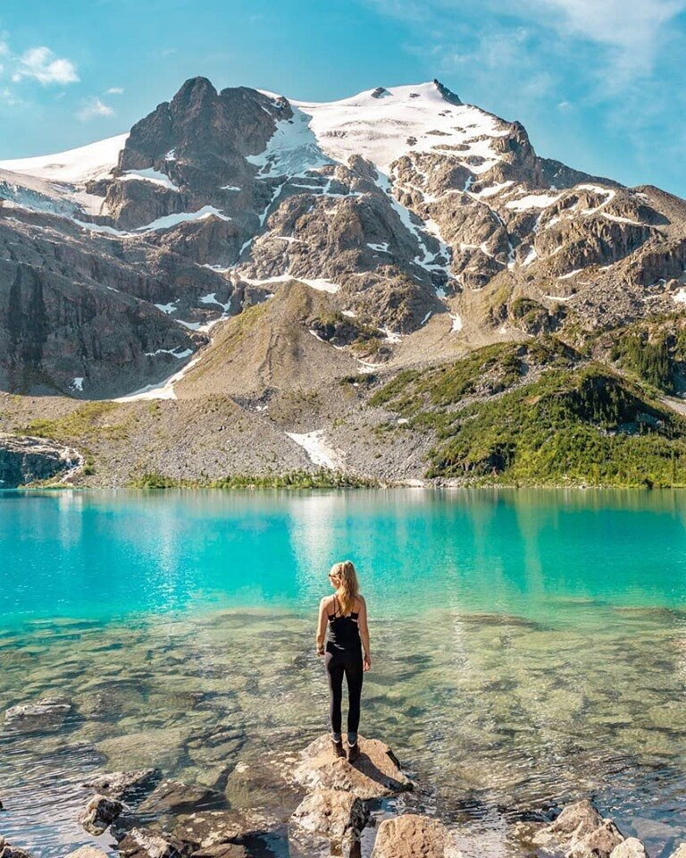 Canada's another country renowned for its beauty. The Joffre lakes hike looks and sounds stunning.