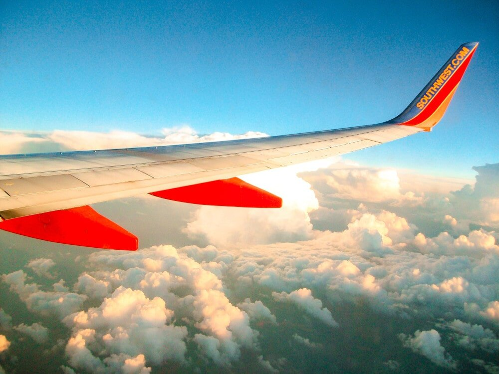 The experience of air travel, and the beauty on offer are primary advantages of air transport to enjoy.