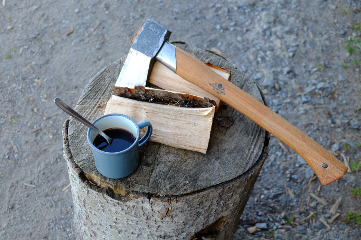 Picking the best hatchet for backpacking isn't easy when you don't know what to look for! Here are some key considerations for choosing the best backpacking axe possible.