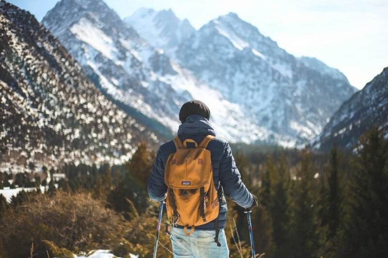 Ready to go? Here are 125 awesome hiking quotes and hiking captions for Insta.
