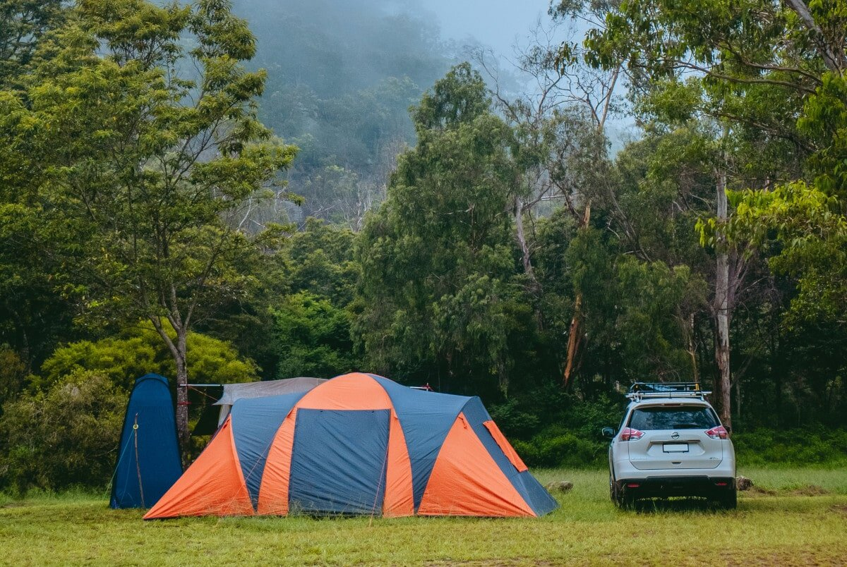 With the reviews down. let's take a look at how to choose the best 12 person cabin tent for the job.