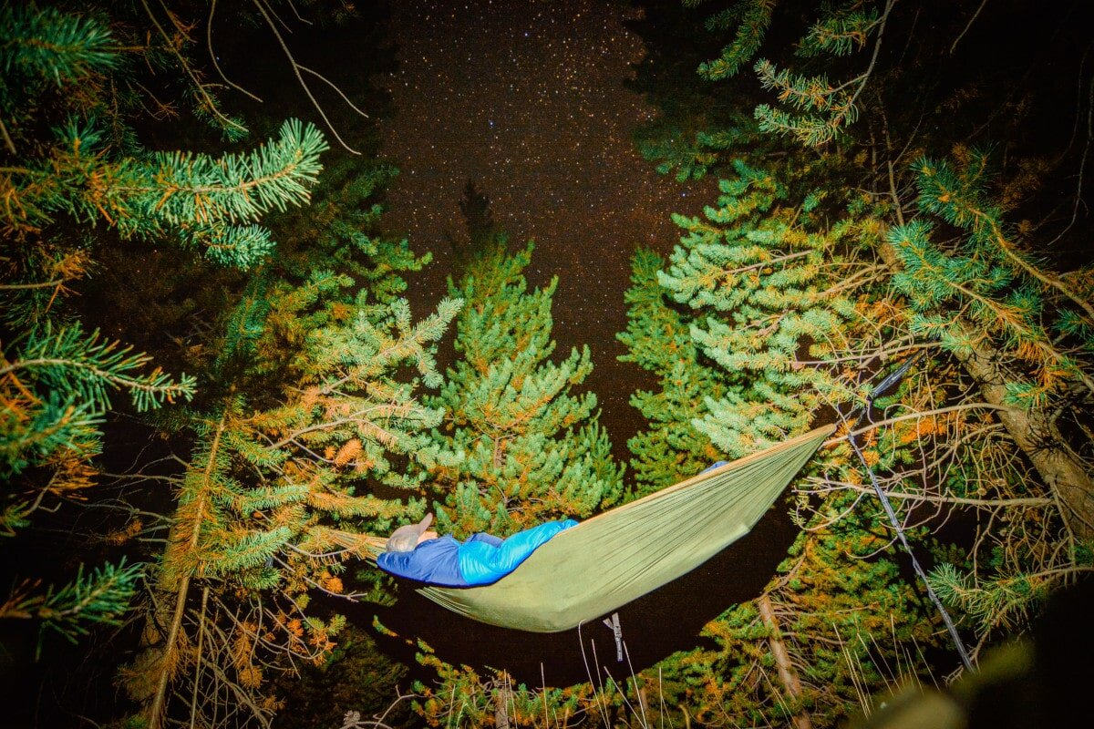 On cold, clear nights, the best hammock quilts will keep you warm and help you get some much-needed sleep.