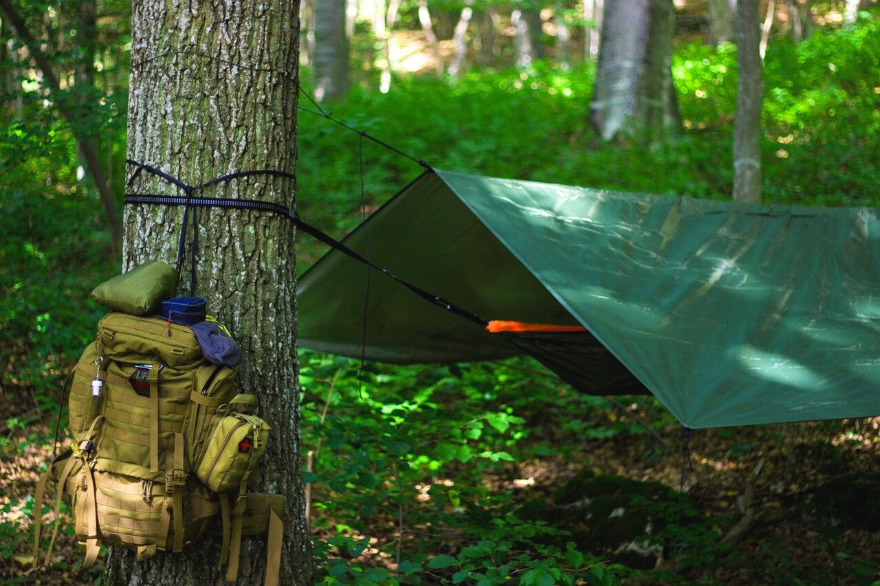 The baffling and price of a hammock blanket should play a role in your decision too!