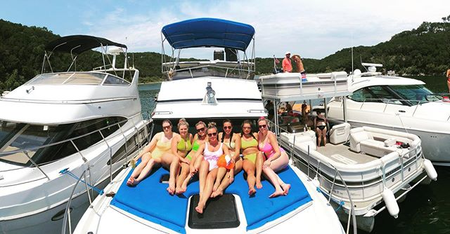 Life is just better in a yacht! #bachelorette #austintx #laketravis