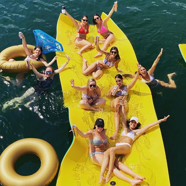 Water temp is 82 degrees and the sun is shining! #bachelorette #bacheloretteparty #thingstodoinaustin #laketravis
